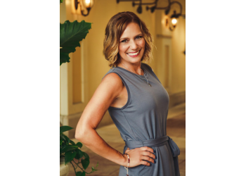 Columbus real estate agent Lori Hicks