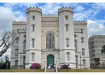 Baton Rouge places to see Louisiana's Old State Capitol
