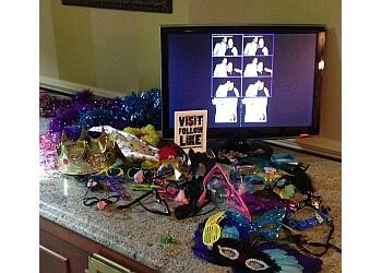 Jersey City photo booth company Love & Bond Photobooth