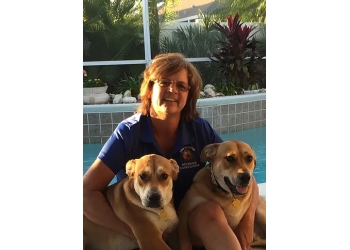 Orlando dog walker Love Your Pup