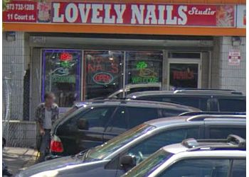 Newark nail salon Lovely Nails Studio