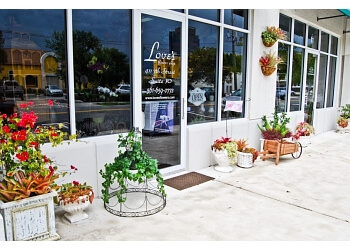 West Palm Beach florist Love's Flower Shop