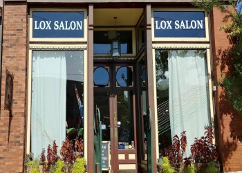 Knoxville hair salon Lox Salon