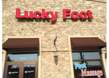 Naperville massage therapy Lucky Foot