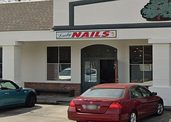 Baton Rouge nail salon Lucky Nails