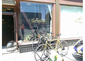 Oakland cafe Luckyduck Bicycle Cafe