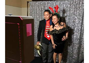 Riverside photo booth company Lumiere Photo Booth