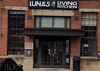 Charlotte vegetarian restaurant Luna's Living Kitchen