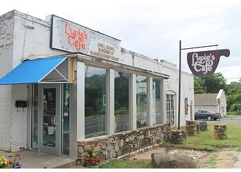Charlotte cafe Lupie's Cafe