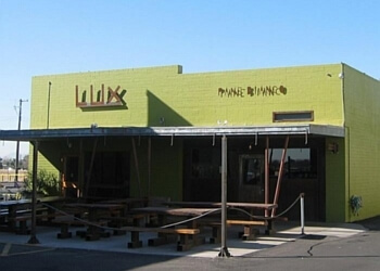 Phoenix cafe Lux Central