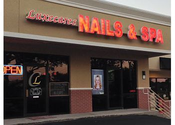 St Petersburg nail salon Luxecares Nail Spa & Lounge