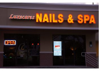 St Petersburg nail salon Luxecares Nails & Spa