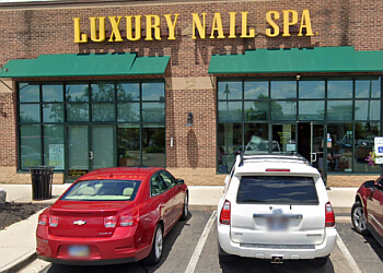 Dayton nail salon Luxury Nail Spa