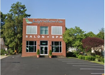 Clarksville spa Lyndon's Salon & Day Spa