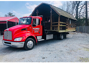 Fayetteville towing company MCLEOD'S TOWING & RECOVERY
