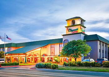 Abilene hotel MCM Eleganté Suites