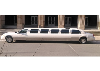 Grand Rapids limo service MLIMO SEDAN & SHUTTLE BUS