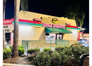Anaheim donut shop M & M Donuts