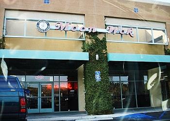 Santa Clarita chinese restaurant MOON WOK