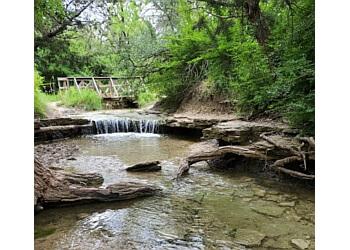 Irving hiking trail MOUNTAIN CREEK PRESERVE