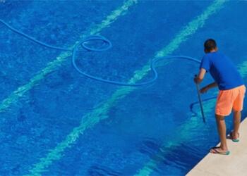 Aurora pool service MRC Pool Professionals