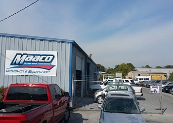 Chattanooga auto body shop Maaco Collision Repair & Auto Painting
