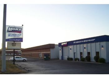 Dayton auto body shop Maaco Collision Repair & Auto Painting