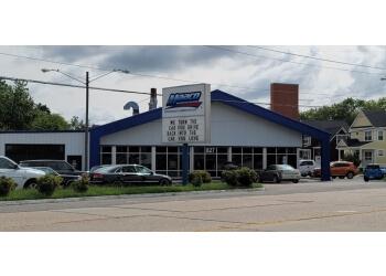 Hampton auto body shop Maaco Collision Repair & Auto Painting