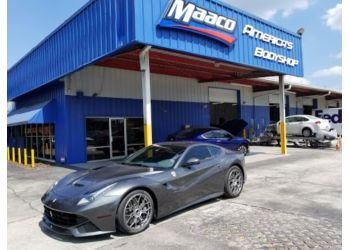 Tampa auto body shop Maaco Collision Repair & Auto Painting