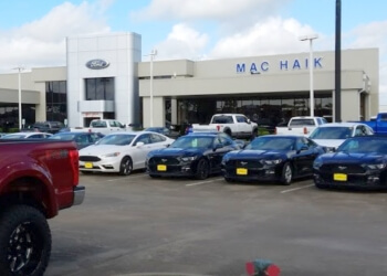 Pasadena car dealership Mac Haik Ford Pasadena