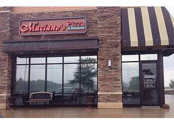 Elgin pizza place Maciano's Pizza & Pasteria