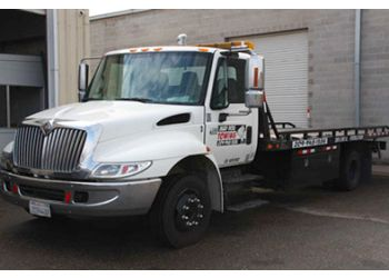 Stockton towing company Mad Dog Towing
