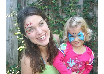 Charlotte face painting Made Ya Look Balloons