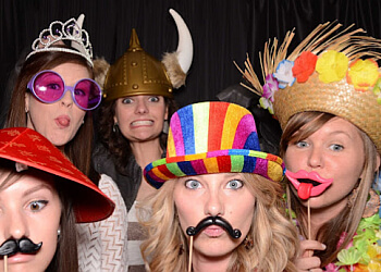 Mobile photo booth company Magic Memories Photo Booth