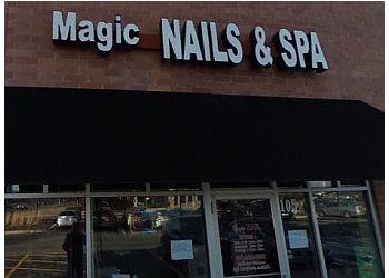 Naperville nail salon Magic Nails & Spa