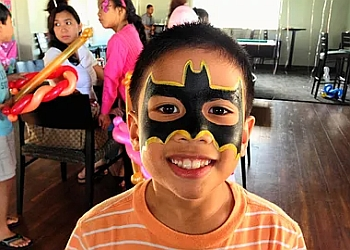Honolulu face painting Magical Touch, LLC