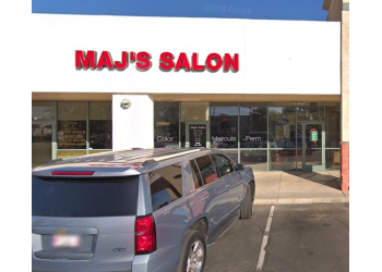 Gilbert hair salon Maj's Salon