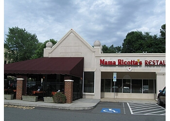 Charlotte italian restaurant Mama Ricotta's restaurant