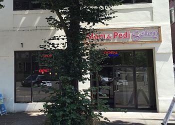 Portland nail salon Mani & Pedi Salon