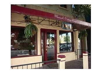 Gainesville italian restaurant Manuel's Vintage Room