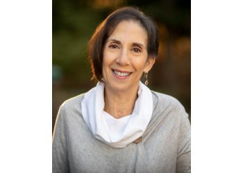 Elizabeth psychologist Maria G. Masciandaro, Psy.D