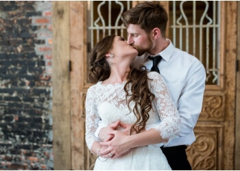 Hampton wedding photographer Maria Grace Photography