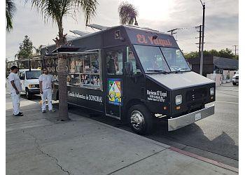 Santa Ana food truck Mariscos El YAQUI