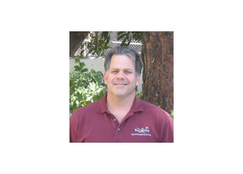 Simi Valley physical therapist Mark Mako, PT, DPT, OCS