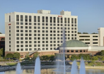 Newport News hotel Marriott