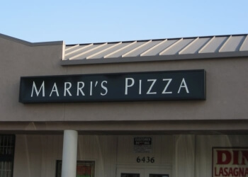 Long Beach pizza place Marri's Pizza
