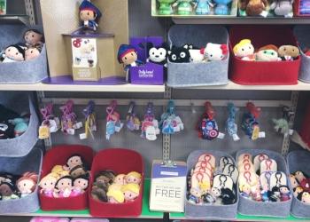 Shreveport gift shop Martha's Hallmark Shop