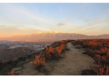 Fontana hiking trail Martin Tudor Jurupa Hills Regional Park Trail