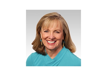 Seattle plastic surgeon Mary Lee Peters, MD