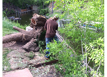 Amarillo tree service Mask Tree Work